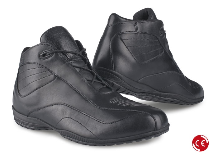 NORWICH LOW Black #moto #motorbike #shoes #city