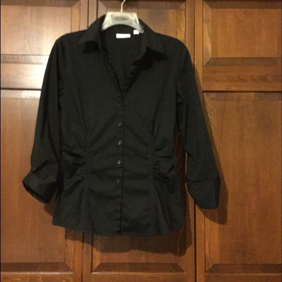 Black button down shirt with elastic cinching Black button down shirt with elastic cinch detail. Only worn a few times and in great condition. Price is negotiable :) Tops