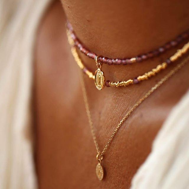 dainty garnet & gold choker