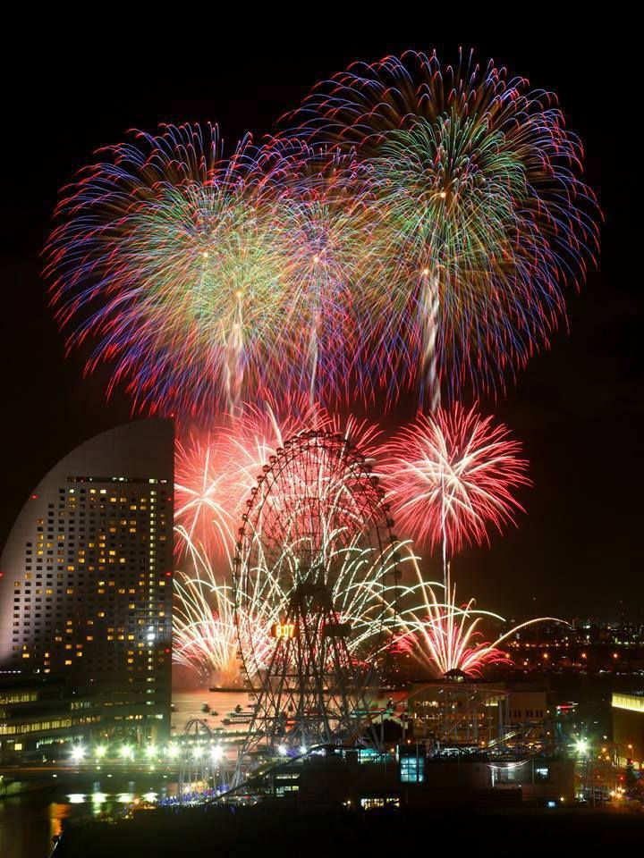 Fireworks in Japan  (花火 Hanabi)