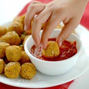 Quinoa Pizza Bites Recipe | Healthy Ideas for Kids http://www.superhealthykids.com/quinoa-pizza-bites-recipe/ #HealthyKidsMeals [ http://GroovyBeets.com ]
