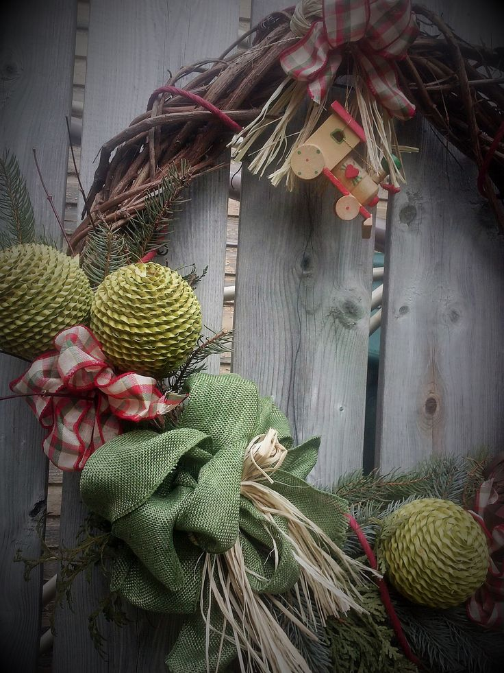 "Andrea, Christmas wreath ""MadeInParis"" by Regine H."