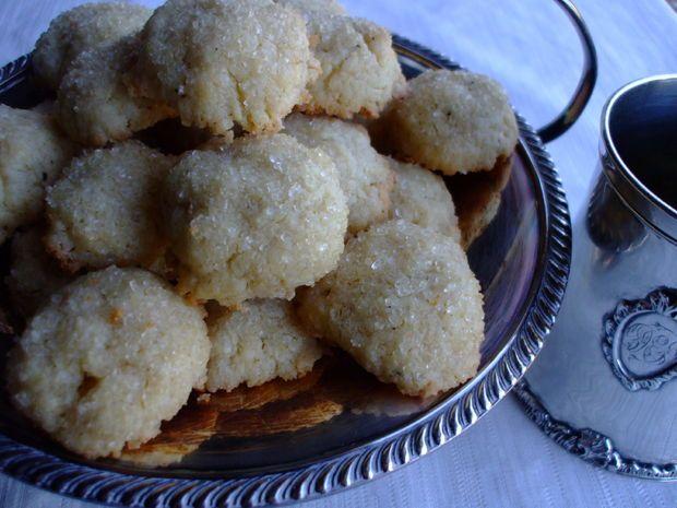 Renaissance Sugar Cakes Recipe