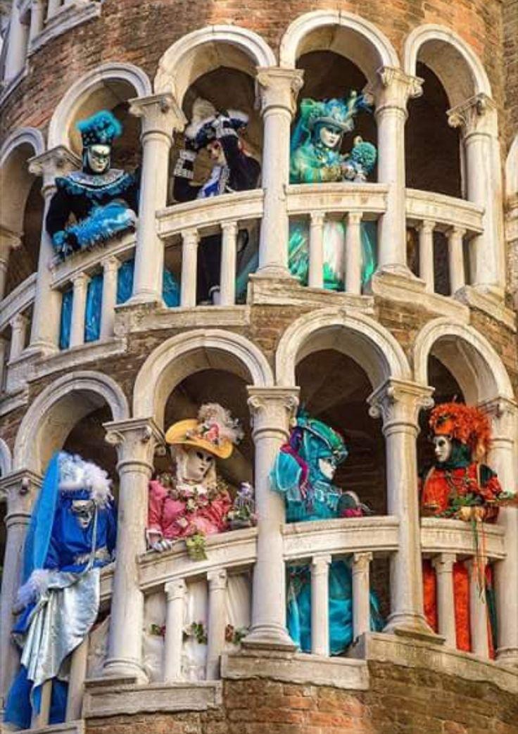 Carnival in Venice. Italy. / Jim Zuckerman Photography