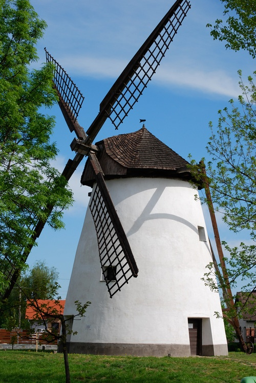 photoblog.com/pimpi  windmill in Kiskundorozsma, Hungary
