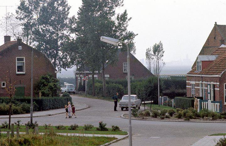De kruising Elkhuizenlaan Waterstraat 1965