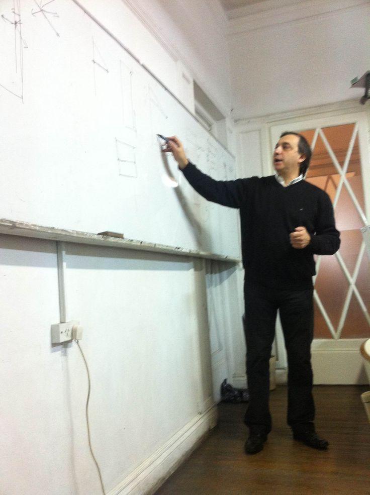 Curso de capacitación dictado por el Arq. Carlos Romero en Integral Instituto de Diseño.