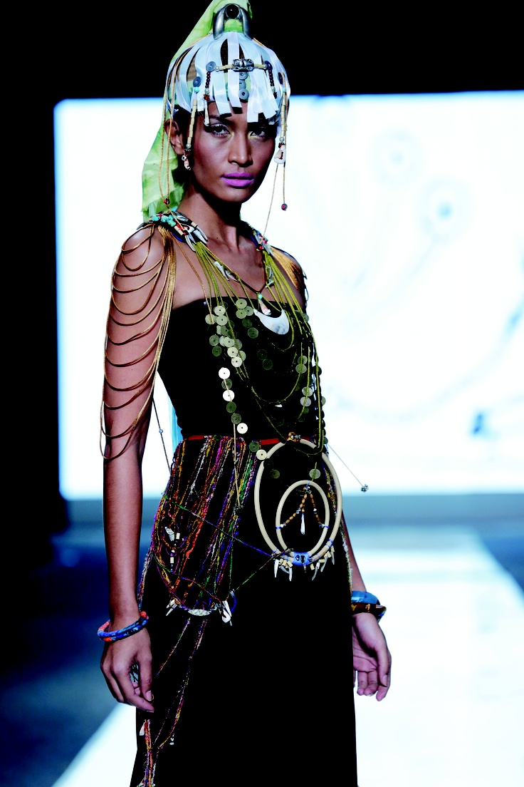 Accessories from Sikramahto at CLEO Fashion Awards 2012