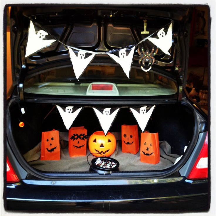 Trunk Halloween Decorating Ideas: 17 Best Images About Trunk Or Treat Ideas On Pinterest