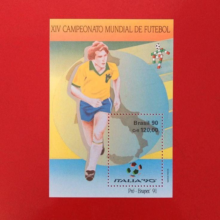 XIV Campeonato Mundial de Futebol [1990]  Designer: Márcio Rocha  #stampcollector #sendmoremail #postage #stamp #stamps #vintagestamps #philately #philategram #philatelic #philatelist #brazilianstamps #filatelia #selos