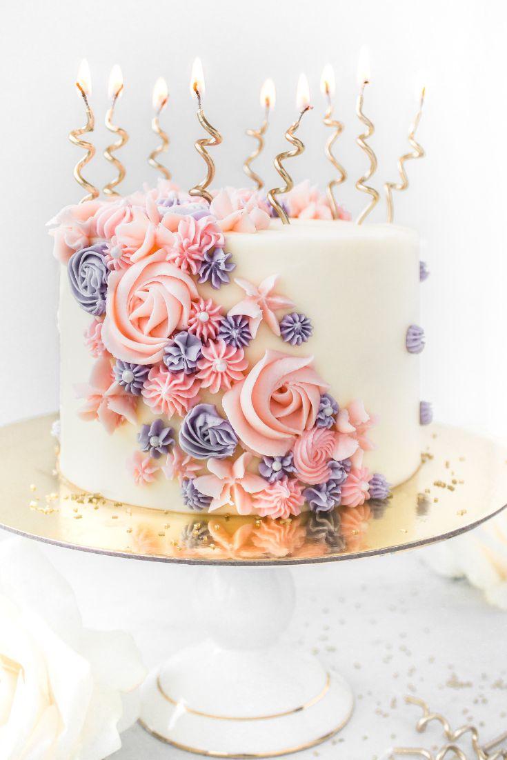 Buttercreme-Blumen-Geburtstags-Kuchen   – Food