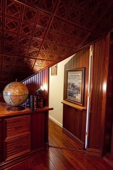 Door hidden in the paneling #hidden #hiddenstuff #troypait