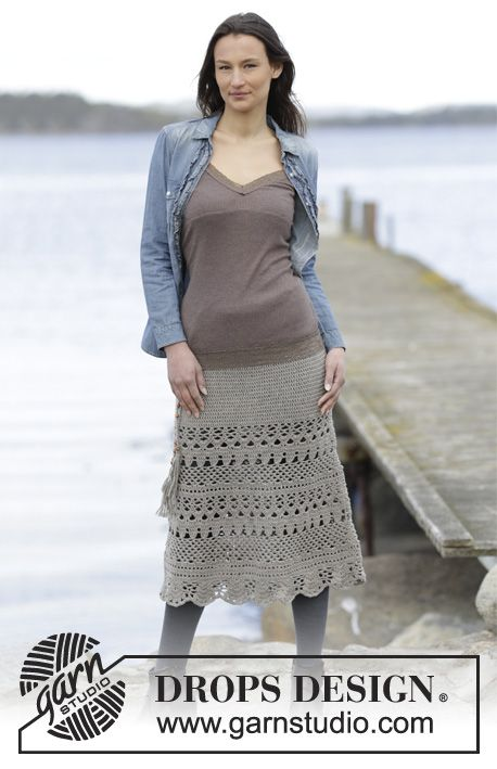 """Crochet DROPS skirt with trebles and lace pattern, worked top down in """"Merino Extra Fine"""". Size S-XXXL. ~ DROPS Design"""