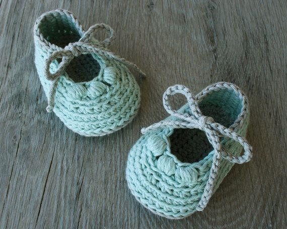 Crochet Cotton Mint and Gray Booties Baby Girl by atelierbagatela