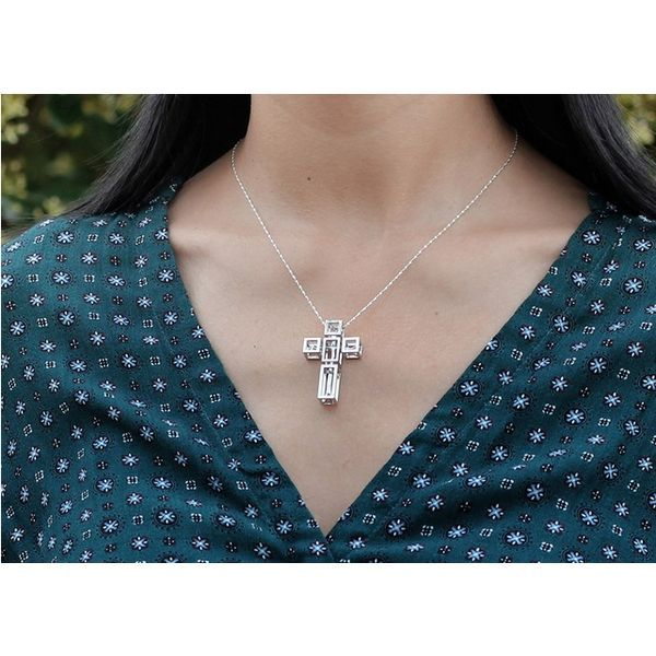PRODUCTS :: JEWERLY :: WOMEN :: Necklaces :: Tree in Cross Necklace