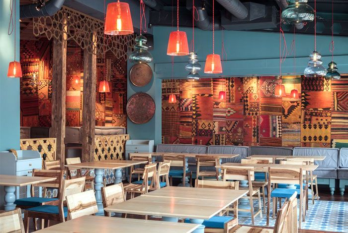 ottoman-decor-dining-area