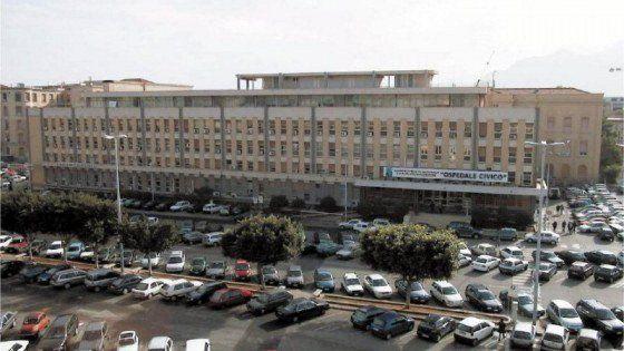 Offerte di lavoro Palermo  Il parente di un paziente le ha sferrato un pugno per lei 10 giorni di prognosi  #annuncio #pagato #jobs #Italia #Sicilia Palermo infermiera aggredita al pronto soccorso del Civico