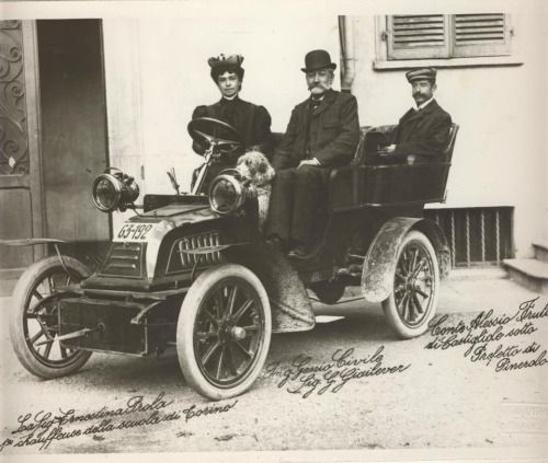 The first woman in Torino to get a driving licence in 1907 #TuscanyAgriturismoGiratola