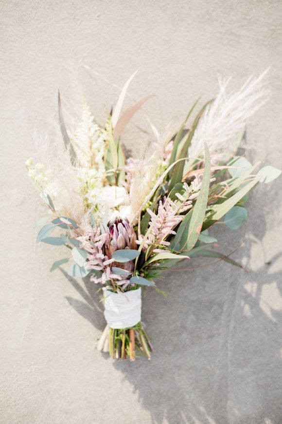 Rustic beach wedding bouquet ideas