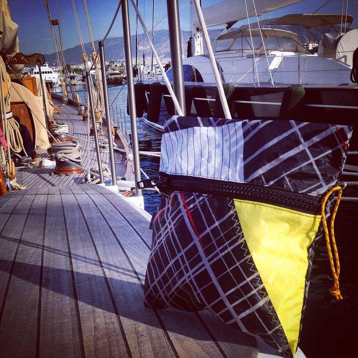 #toiletrybag #unique #handcraft #used #reused #recycle #upcycling #upcycled #urban #customize #parosurfclub #parosurfshop #tserdakia #paros #colorful #shopping #windsurfing #sails #kiteboarding
