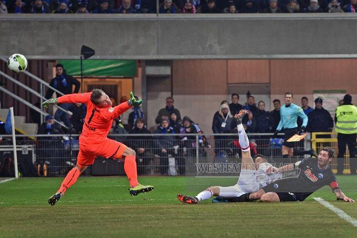 FOTOSTRECKE - SC Paderborn: (15) DFB-Pokal, Viertelfinale: SC Paderborn vs. FC Bayern (0:6)