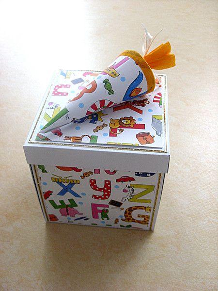 Sie suchen noch ein Geschenk zum Schulanfang, hier ist eine Lösung. Eine kleine Überraschungsbox, sehr gut für Geldgeschenke.Jede Seite der Box läß...