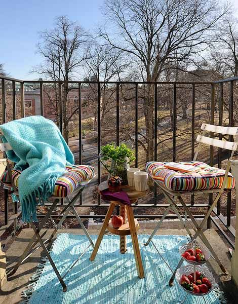spring-decorating-ideas-small-balcony-deck (5)