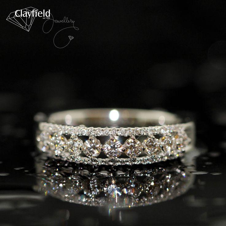 Shiny shiny, our stunning diamond ring
