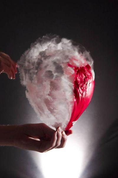 Water ballon in slowmo