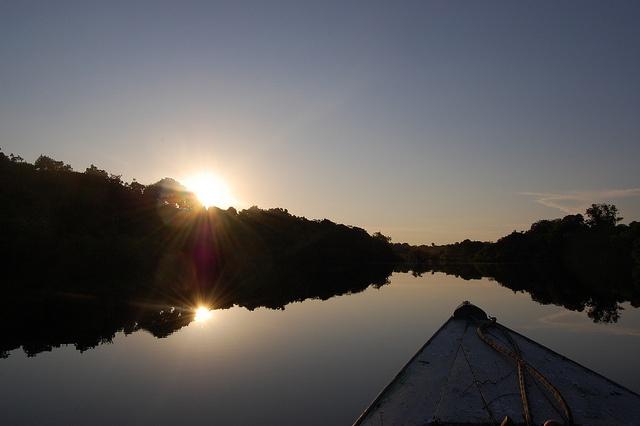 Amazon sunrise, www.adventuresinbrazil.com via Flickr.