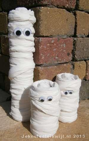 mummie van wc rol