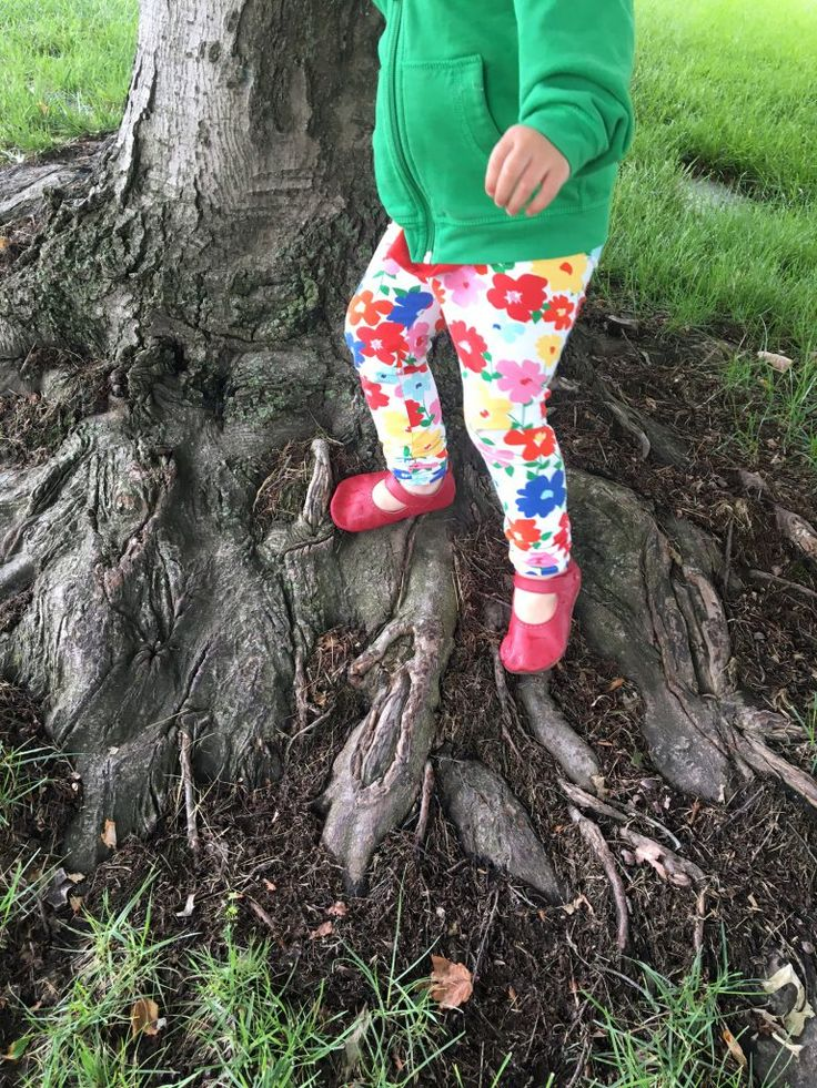 Best minimalist footwear for babies, toddlers and kids