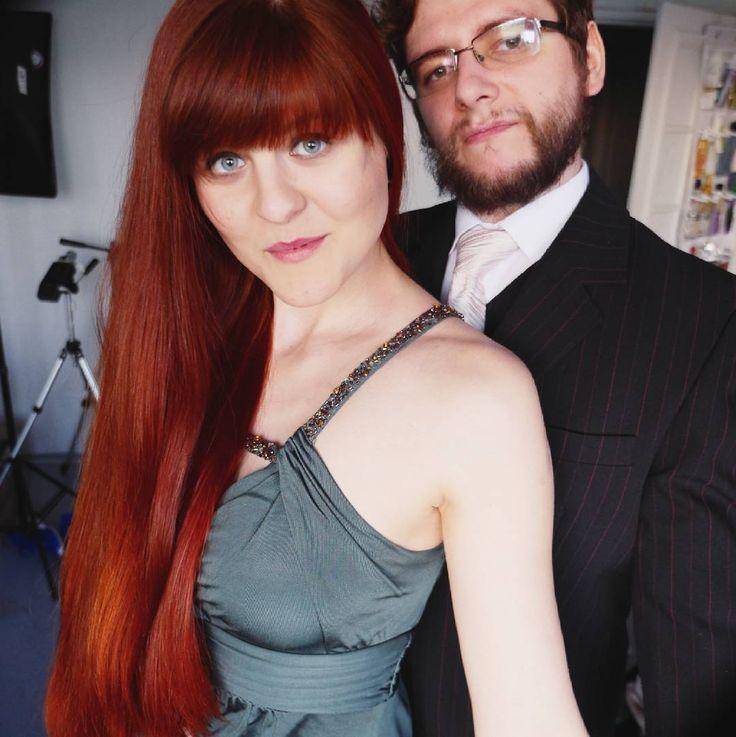 Dżentelmen i jego Lady Banfi  dzisiaj z @mkpolkowski byliśmy na ślubie no i prezentowaliśmy się tak właśnie. A teraz idziemy na after party ślubne. Mam nadzieję że też macie dziś udany dzień   #wwwlosypl #napieknewlosy #włosy #wlosy #wlosomaniaczki #wlosomania #wlosomaniaczka #włosomaniaczka #hairpassion #longhair #redhairs #redhair #redhead #hair #instahair #hairofinstagram #hairoftheday #blog #blogger #slub #dress #wedding #henna #rude