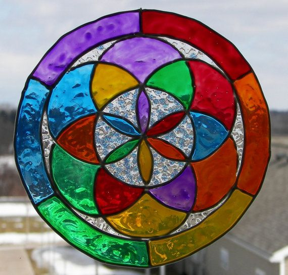 Faux Stained Glass  Mandala  Flower Of Life por GroovyGlassBoutique