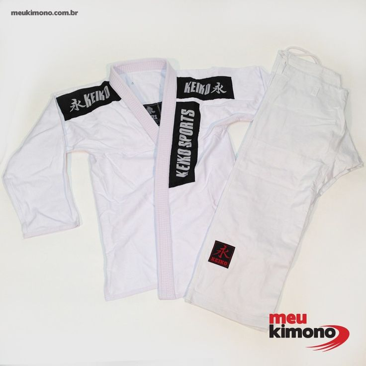 Marca: Keiko O Kimono para Jiu Jitsu Trançado Summer é utilizado em treinamentos diários e competições tanto por atletas iniciantes ou de alto nível, praticantes de jiu jitsu. Não acompanha faixa.  COMPRE AGORA: http://www.meukimono.com.br/kimonos-adultos/419-kimono-jiu-jitsu-branco-summer-keiko-adulto.html