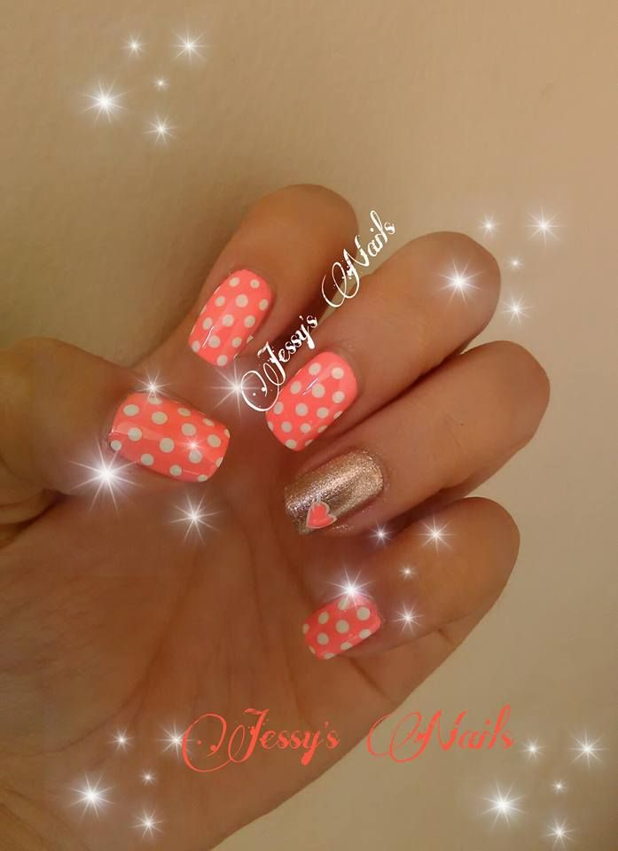 uñas con puntos #nail #nails #nailart #uñas #unhas #decoradas #puntos #lunares #delicadas #bonitas #modernas #juveniles #uñasverano #verano #desing2016 #amarillo #jessynails #uñaspuntos #masglo #buscona