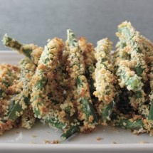 """PARMESAN CRUSTED GREEN BEANS - These green bean """"fries"""" are nearly addictive as a snack or served along with sandwiches. Kids love them with creamy low-fat dressing as a dip. Find all your ingredients at VALLEY NATURAL FOODS."""