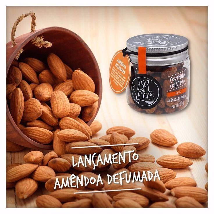 Já disponivel em nosso site! Um pote só não vai dar conta bom demais esse negócio impossivel parar de comer!!  #nuts #amendoadefumada by brspices