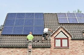 ProNatura.pl: Odnawialne źródła energii - szanse i koszty