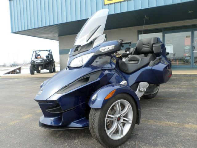 2010 Can-Am Spyder RT A&C SE5 Touring , Blue, 24,127 miles for sale in Appleton, WI