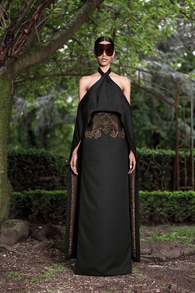 Givenchy Fall 2012 Couture Collection Photos   Vogue