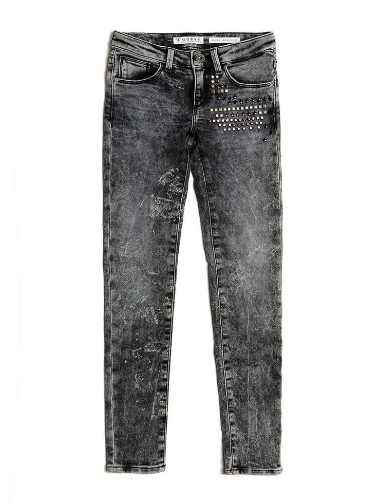 Il jeans stretch non è mai stato così estroso e vivace: questo modello con borchie ed effetto marmorizzato è sinonimo di comodità