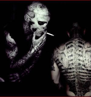 en Lady Gaga ontdekten reeds het charisma van Rick Genest aka Zombie ...