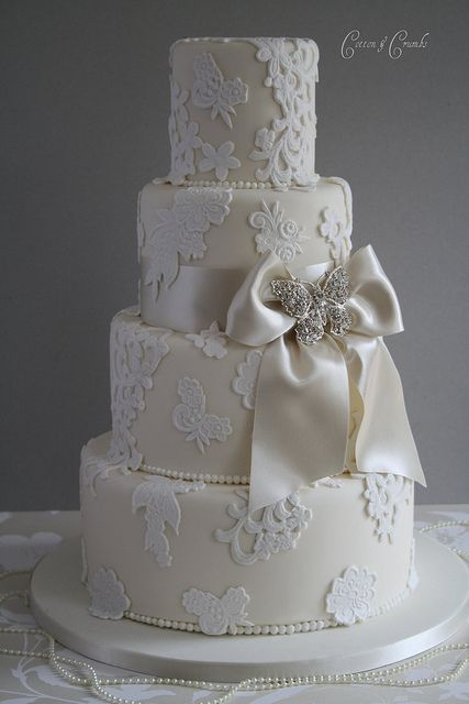 bespoke wedding cakes birmingham best 25 lace cakes ideas on rolled fondant 11269