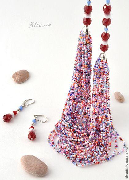 Beaded necklace / Красное с белым бисерное колье и серьги. Колье из красного, синего и белого бисера. Массивное бисерное колье. Яркое колье из бисера. Бисерные украшения от Altania