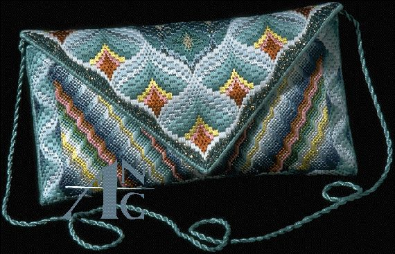 A lot of charts and stitch explanation, Bsrgello neexdlepoint purse