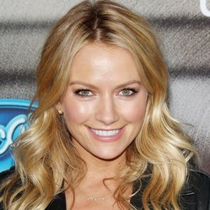 Becki Newton (American, Television Actress) was born on 04-07-1978.  Get more info like birth place, age, birth sign, biography, family, relation & latest news etc.