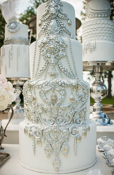 silver wedding cake decorations best 25 amazing wedding cakes ideas on 7449
