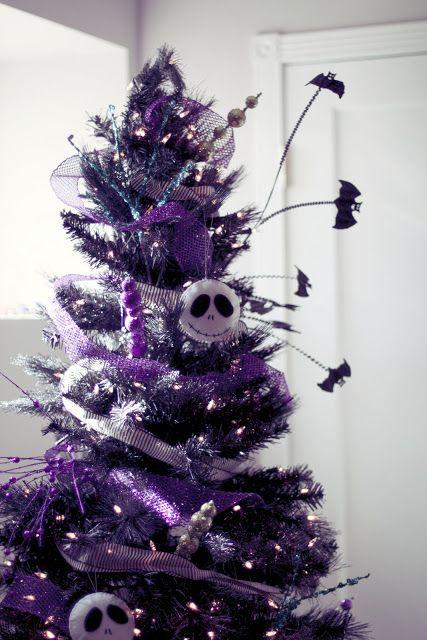 24 best skull christmas trees images on pinterest xmas. Black Bedroom Furniture Sets. Home Design Ideas
