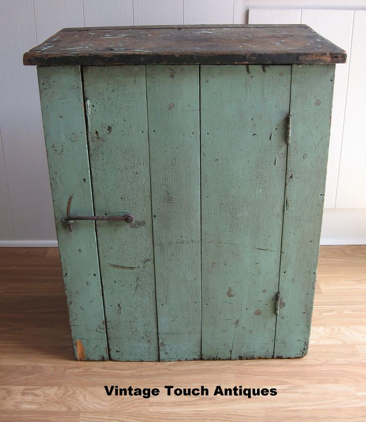 PAINTED FURNITURE with Rustic Charm PROCLAIMS Primitive! - I Antique Online